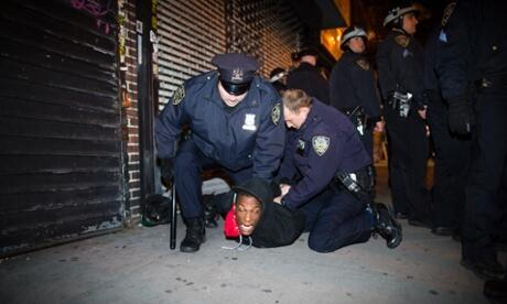 NYPD officers are known worldwide for their timely and hands-on response to citizen grievances. pic.twitter.com/wuJ8uicGgE #myNYPD