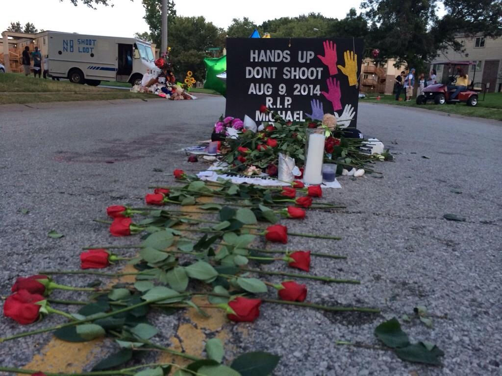 Images :  Mike Brown RIP